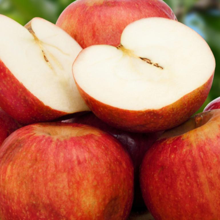 ANNURCA: la mela che aiuta i capelli